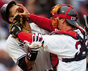 Yankees-Red-Sox-rivalry-Photo-Damian-Strohmeyer-SI