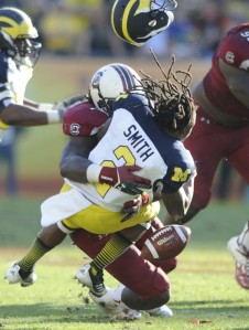 Jadeveon-Clowney-Hit-610x808